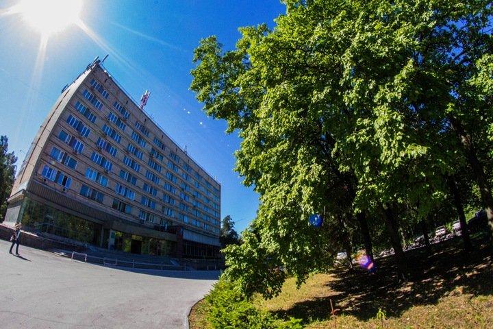 Россия проверяет свою недвижимость в Академгородке на 1,5 млрд. Один из участков уже отдан под застройку