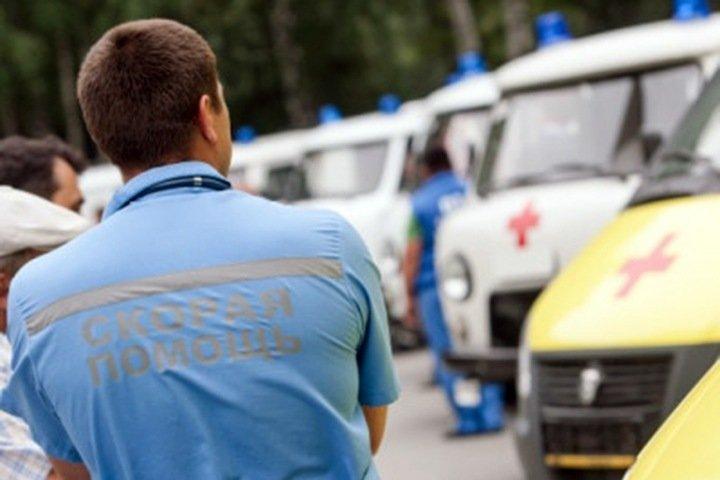 Новосибирские водители «скорых» заявили о низких зарплатах и проблемах с запчастями
