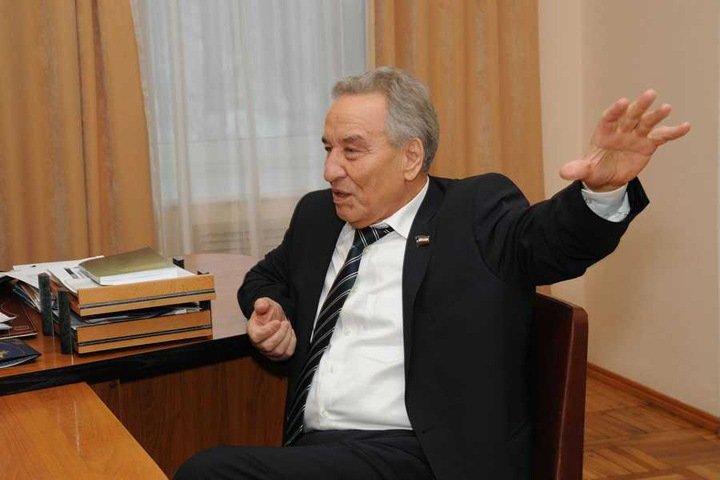 Спикер Верховного совета Хакасии открестился от листовок в поддержку единоросса на выборах в Госдуму