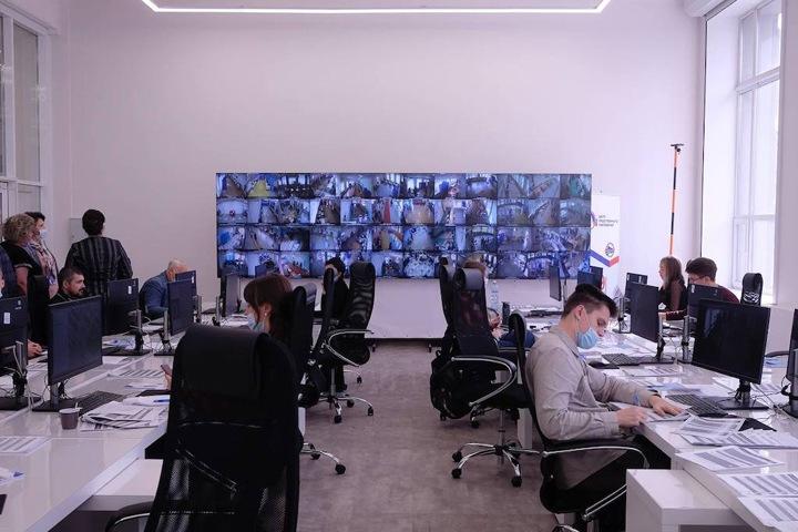 Как работает Центр наблюдения за выборами в Новосибирске. Фото