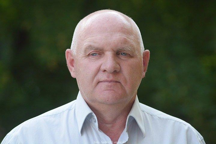 Алтайский оппозиционный политик покинул Россию. Он рассказал о давлении силовиков на внука