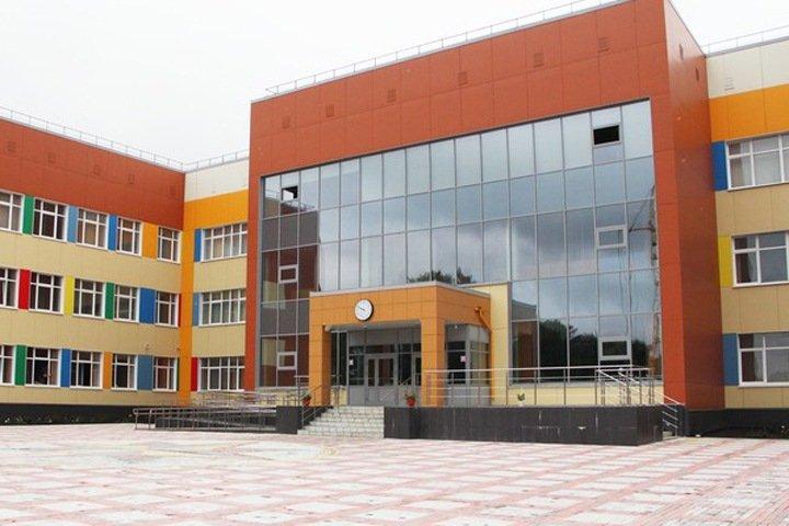«Единая Россия»: Школьная инфраструктура в РФ должна быть обновлена