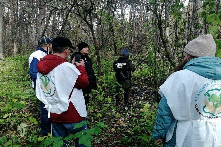 Томские волонтеры нашли труп во время уборки мусора
